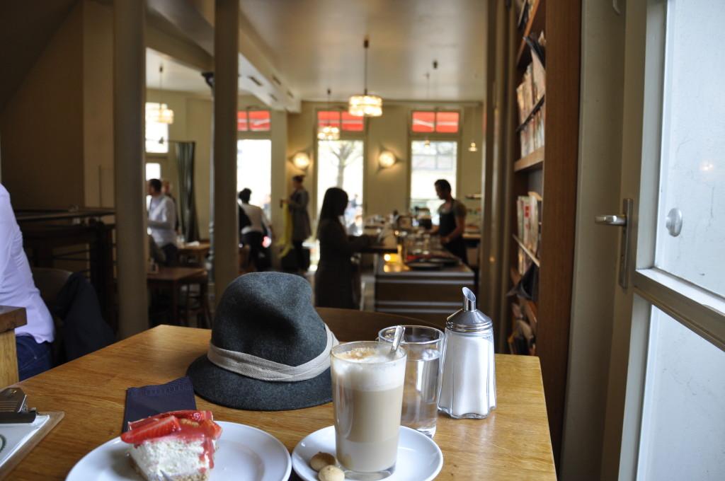Hamburg Ottensen Knuth Café