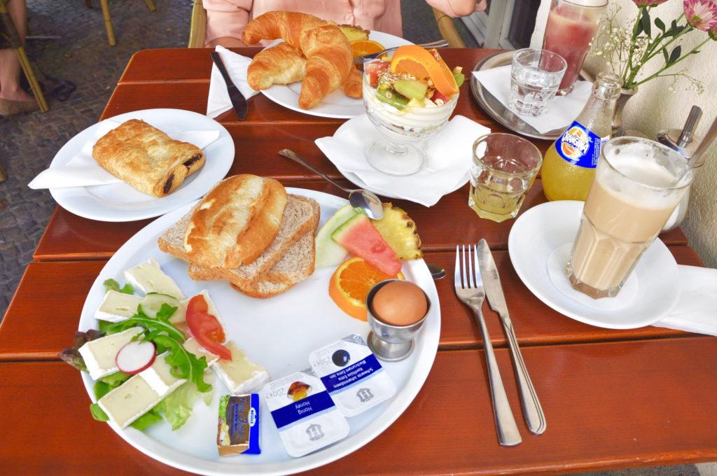 Tous les Jours Berlin Café Hufelandstraße Plenzlauerberg