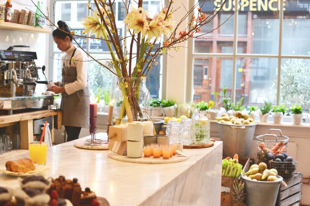 PLUK Amsterdam Reestraat healthy food Café Guide Central Conceptstore