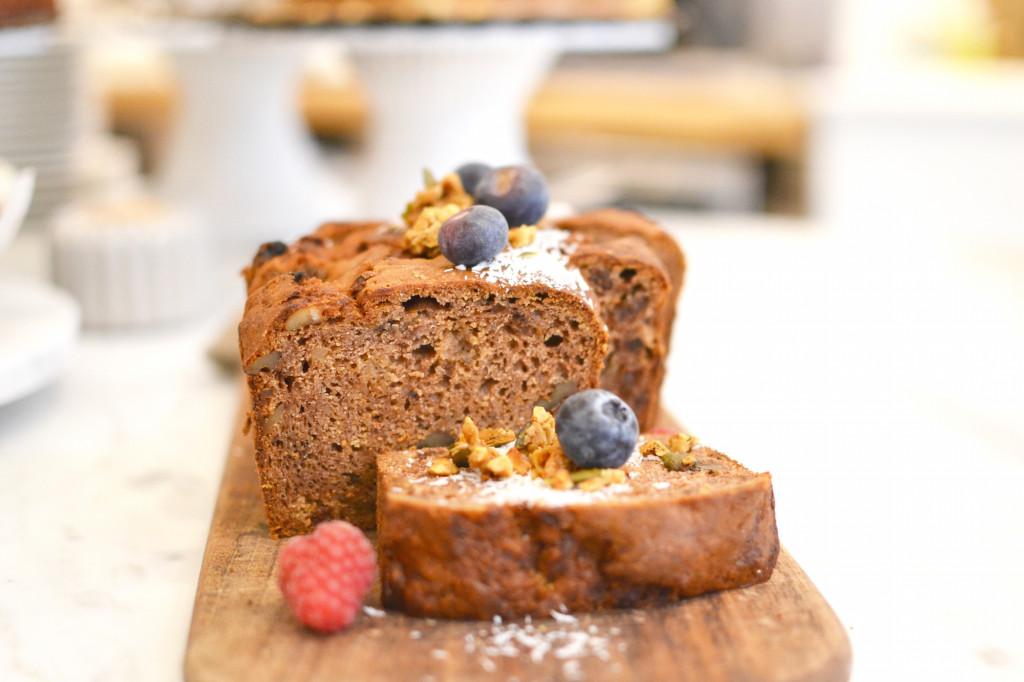 PLUK Amsterdam Reestraat healthy food Café Guide Central Conceptstore cake