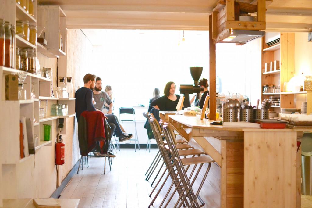 Amsterdam Cafè Scandinavian Embassy De Pijp Coffee Place Hotspot