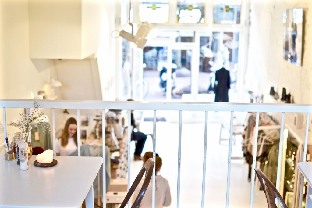 Cottoncake Welcome Concept Store Amsterdam De Pijp white shop