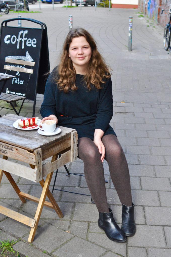 Auf einen Kaffee mit... Interview-Reihe Less Political Hamburg Fräulein Anker Harriet