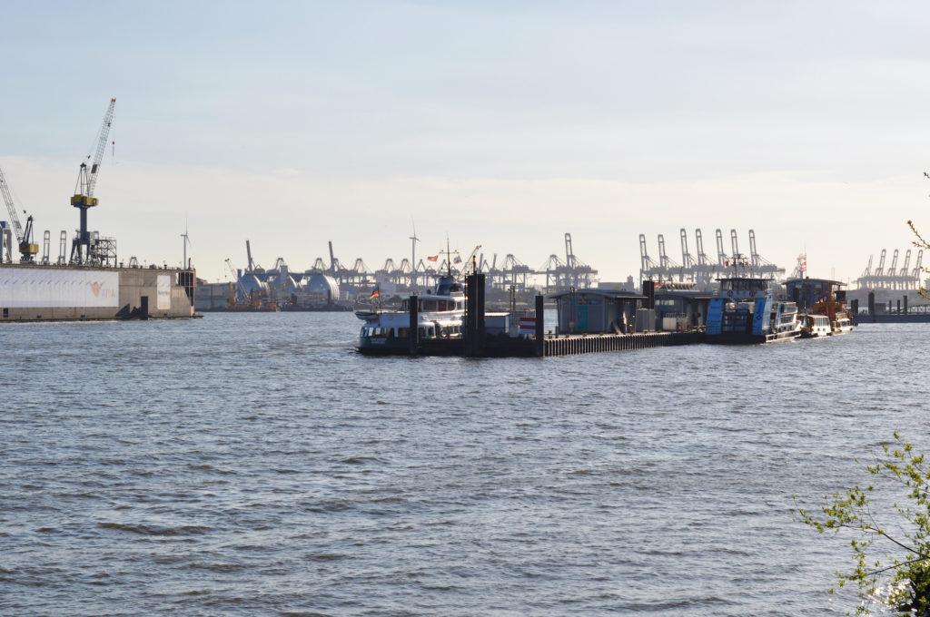 Hamburger Hafen Elbe Glück Hamburg St. Pauli Blauer Himmel