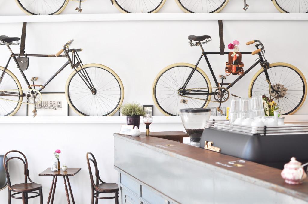 Le Vélo Hamburg Eimsbüttel Café Vintage Bikes & Coffee