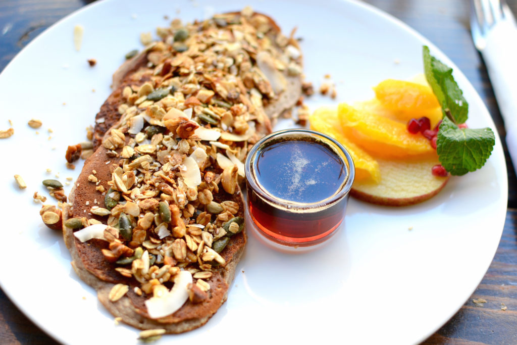 Trust Amsterdam De Pijp Pay as you feel yummy Breakfast Bananapancakes