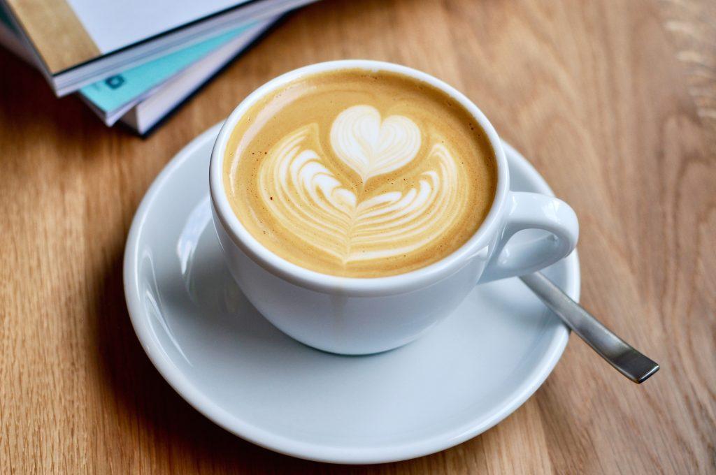Café Balz und Balz Lehmweg Hamburg Hoheluft Eppendorf Speciality Coffee Kaffee Flat White