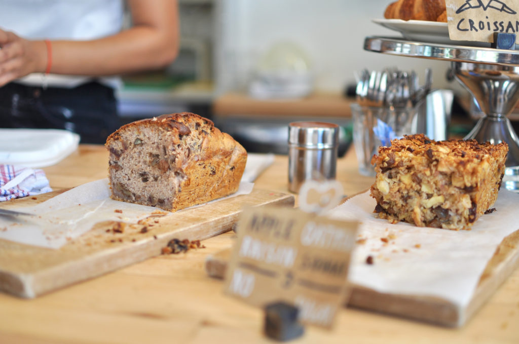 Amsterdam West Café Coffee Berry Reiseblog Cake