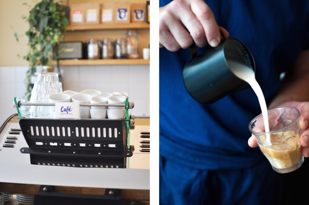 2 Café Oberkampf Paris 11 ARR Flat White Coffeemachine Latte art