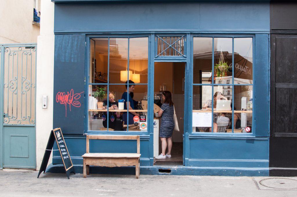 2 Café Oberkampf Paris Guide 11 ARR Travelblog Coffeeplace b