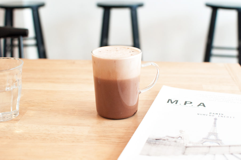 3 BOL porridge bar vegan hot chocolate paris guide hotspot breakfast