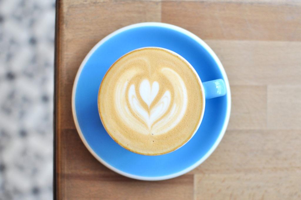 3 Belleville C.R.E.A.M. Coffeeplace Paris Third wave coffee Café Tipp Paristipp Flat White Specialtycoffee