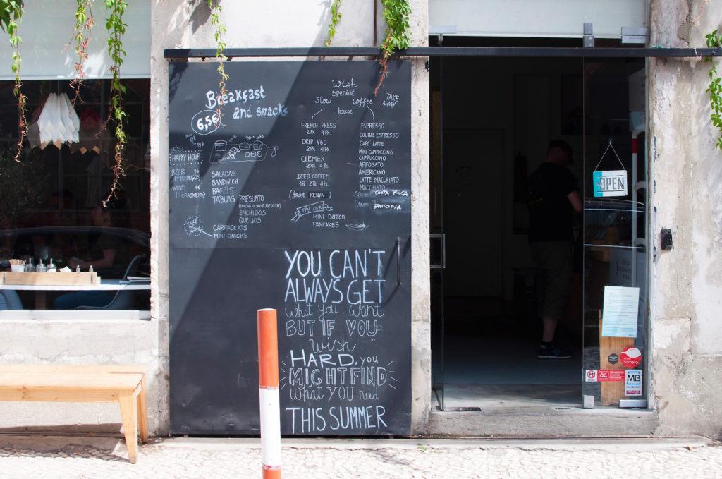 wish-slow-coffee-house-lisboa-cafe-lisbon-lissabon-guide-travelblog