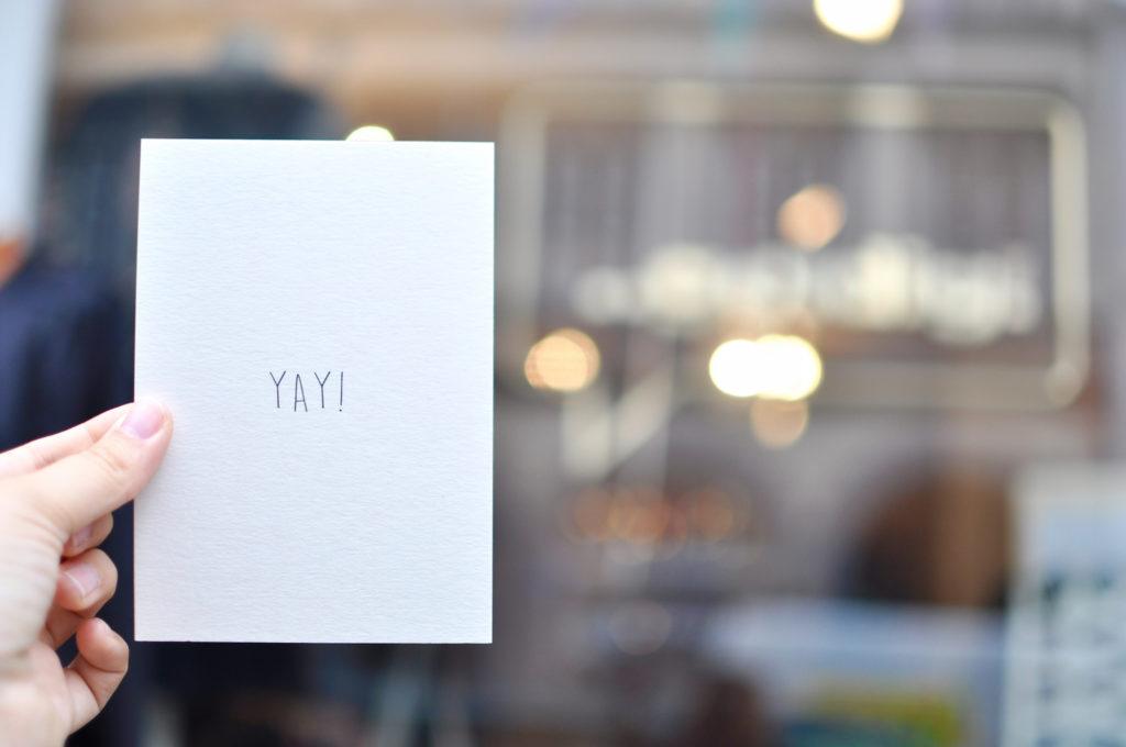 yay-postkarte-goldig-findeling-hamburg-kleine-laeden