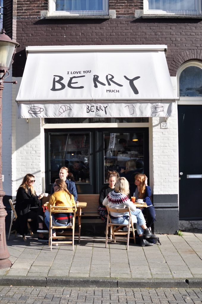 berry-amsterdam-coffee-guide-coworking-space