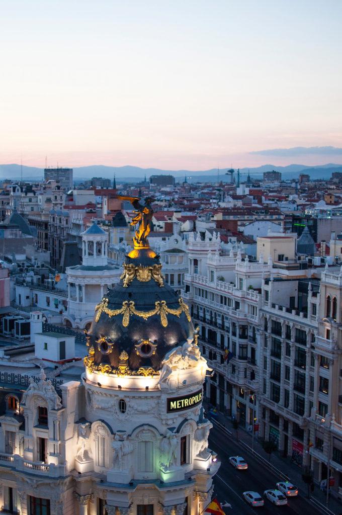 """Madrid Metropolis Building """"Tartan Roof""""- Círculo de Bellas Artes"""