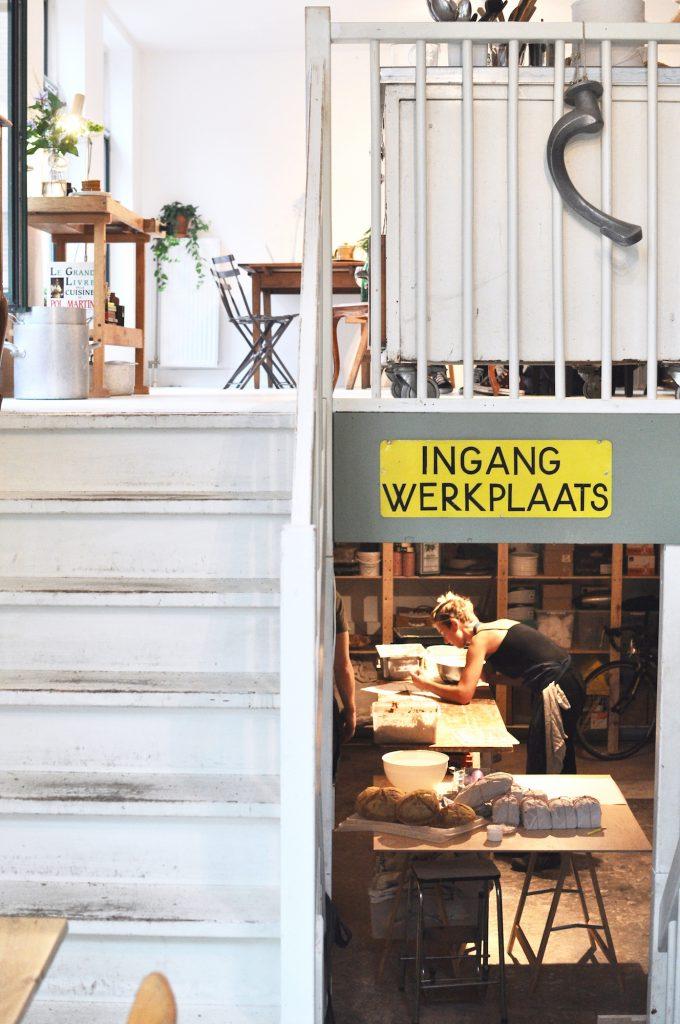 amsterdam-oost-het-wilde-brood-bakery-czaar-peterstraat-werkplaats