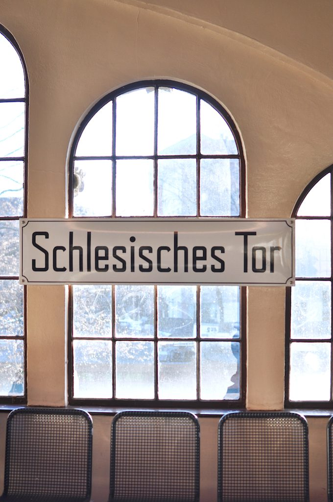 kreuzberg-oberbaumbruecke-explore-berlin-travelblog-schlesisches-tor