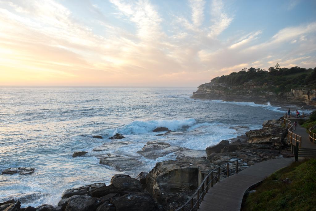 Bondi-Beach-at-beautiful-Sunrise