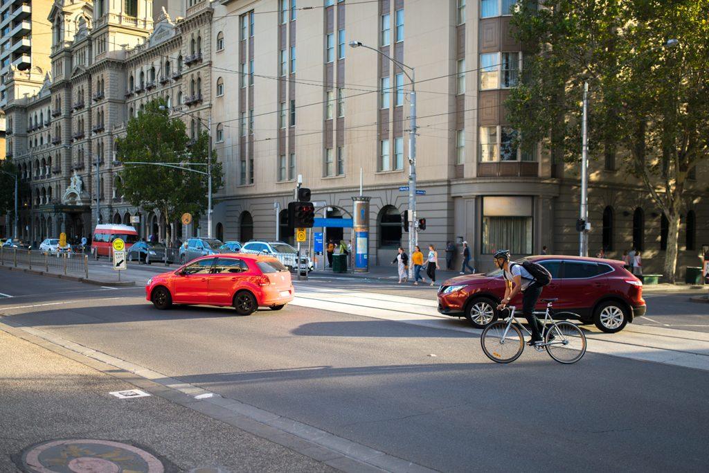 Melbourne-Guide-Streetphotography-Biker-Australia-Travelblog