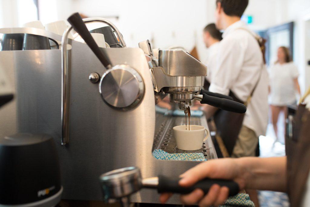 Patricia-Coffee-Roasters-Third-wave-cofffee-Victoria-Melbourne-Barista