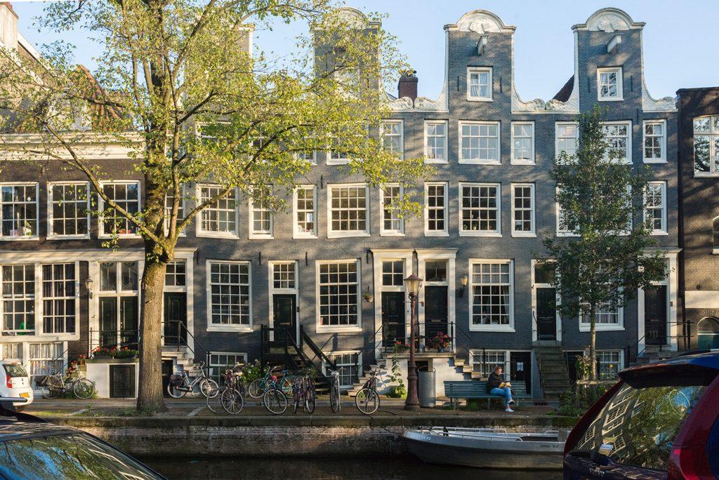 Amsterdam-Resteraunt-Recommendation-Vegan-food-spots