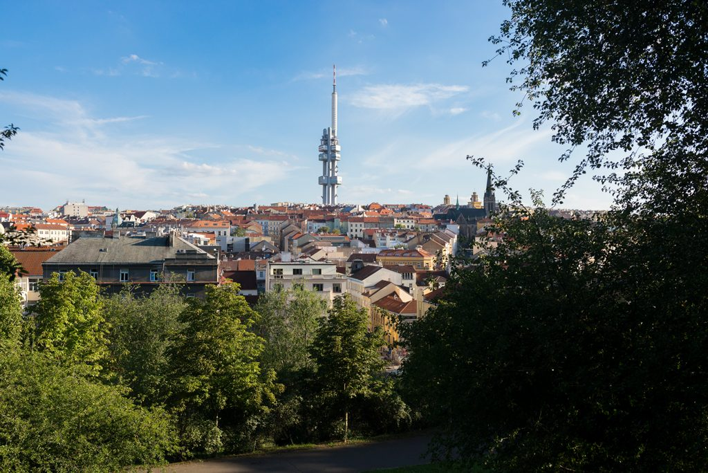 Prag Fernsehturm Žižkov Prague Travelguide
