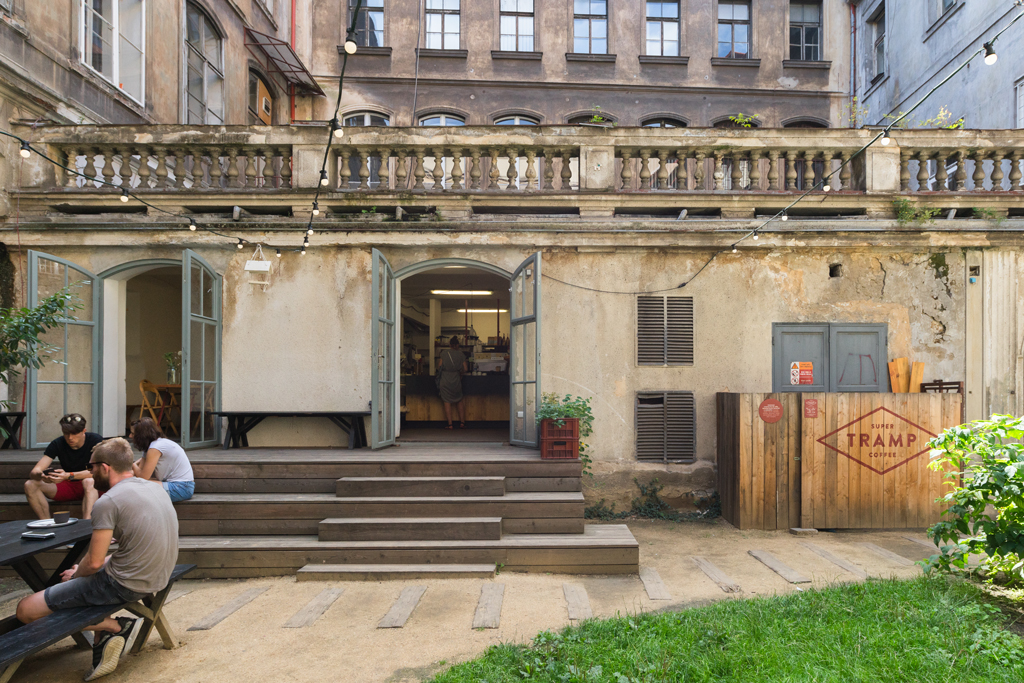 Super Tramp Specialty Coffee Spot Prague Prag