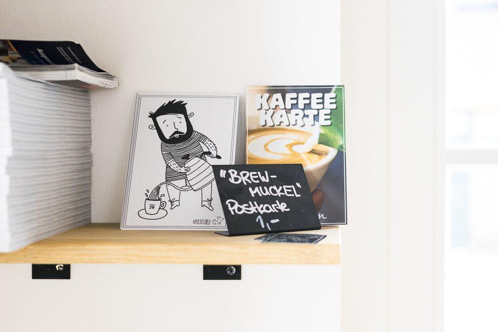 Brew Muckel kaffee Postkarte im Standl20