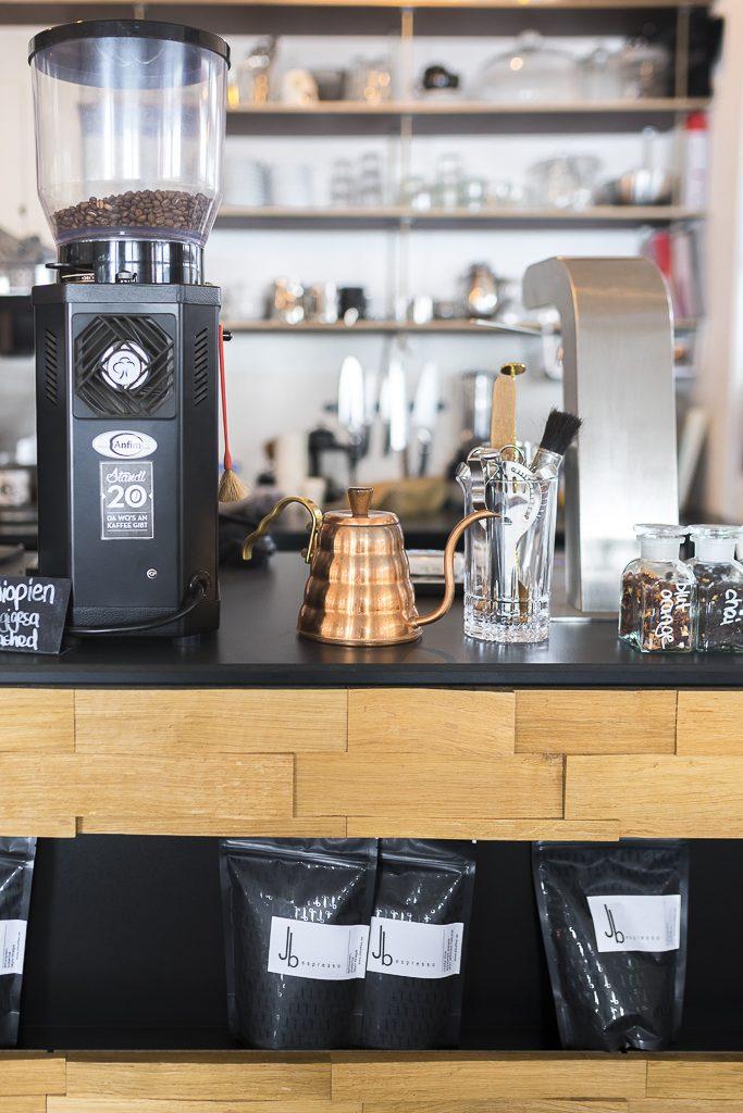 Kuperfarbende Wasserkanne für Kaffee Specialty coffee